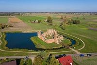 Zamek w Besiekierach - Zdjęcie lotnicze, fot. ZeroJeden, X 2019