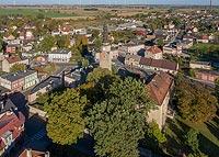 Zamek w Bierutowie - Zdjęcie lotnicze, fot. ZeroJeden, X 2019