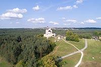 Bobolice - Widok zamku z lotu ptaka, fot. ZeroJeden VIII 2018