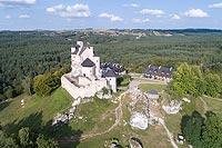 Zamek w Bobolicach - Widok zamku z lotu ptaka, fot. ZeroJeden VIII 2018