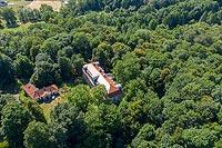 Zamek w Bobrku - Widok zamku na zdjęciu lotniczym, fot. ZeroJeden, VI 2019