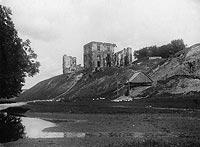 Zamek w Bodzentynie - Zamek w Bodzentynie na zdjęciu z 1933 roku