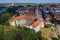 Zamek w Brzegu - Zdjęcie lotnicze, fot. ZeroJeden, VII 2019