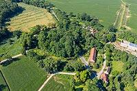 Zamek w Chałupkach - Zdjęcie lotnicze, fot. ZeroJeden, VII 2019