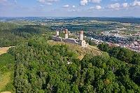 Zamek w Chęcinach - Widok zamku na zdjęciu lotniczym, fot. ZeroJeden, VI 2019