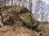 Zamek w Chrostowej - fot. ZeroJeden, II 2002
