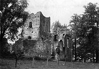 Zamek w Chudowie - Zamek w Chudowie na zdjęciu z okresu międzywojennego