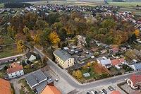 Zamek w Cieszkowie - Widok z lotu ptaka od zachodu, fot. ZeroJeden, X 2013
