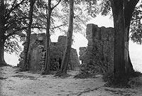 Zamek w Dobczycach - Pozostałości zamku w Dobczycach na zdjęciu z lat 1918-1932