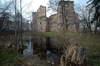 Zamek w Drzewicy - Foto: ZeroJeden, IV 2006