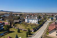 Dwór we Frydmanie - Zdjęcie lotnicze, fot. ZeroJeden, IV 2021