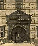 Zamek w Goli Dzierżoniowskiej - Portal dworu w Goli na zdjęciu z okresu międzywojennego