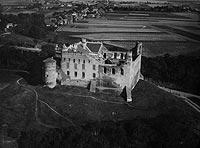 Zamek w Golubiu-Dobrzyniu - Zamek w Golubiu na zdjęciu lotniczym z okresu międzywojennego