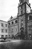Gorzanów - Zamek w Gorzanowie na zdjęciu z okresu międzywojennego