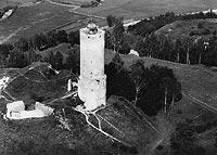 Zamek w Iłży - Ruiny zamku na zdjęciu lotniczym z okresu międzywojennego