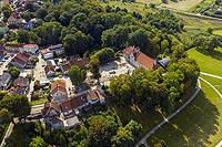 Zamek w Jezioranach - Zdjęcie lotnicze, fot. ZeroJeden, IX 2021