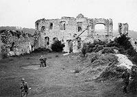 Zamek w Kazimierzu Dolnym - Ruiny zamku w Kazimierzu w 1940 roku