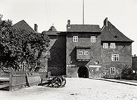 Zamek w Kętrzynie - Zamek na zdjęciu P.Schulza z okresu międzywojennego