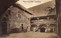 Zamek w Kętrzynie - Dziedziniec zamkowy na widokówce z okresu międzywojennego