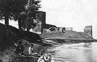 Zamek w Kole - Ruiny zamku na zdjęciu z okresu międzywojennego
