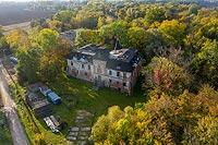 Zamek w Komorowicach - Zdjęcie lotnicze, fot. ZeroJeden, X 2019