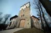 Zamek w Korzkwi - Wieża wschodnia, fot. ZeroJeden, IV 2006