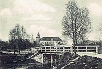Zamek w Koźminie - Zamek w Koźminie na pocztówce z początku XX wieku