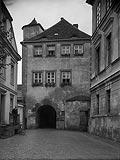 Zamek w Krośnie Odrzańskim - Budynek bramny na zdjęciu z 1931 roku