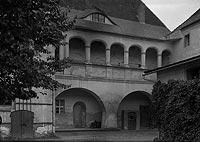 Zamek w Krośnie Odrzańskim - Krużganki dziedzińca na zdjęciu z 1931 roku