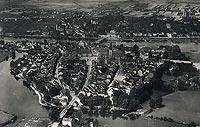 Zamek w Krośnie Odrzańskim - Krosno Odrzańskie z zamkiem po prawej stronie na zdjęciu z 1932 roku