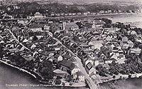 Zamek w Krośnie Odrzańskim - Krosno Odrzańskie z zamkiem w prawym górnym rogu na zdjęciu z 1933 roku
