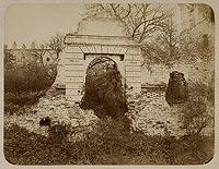 Zamek w Krupem - Zamek w Krupem na fotografii z lat 80. XIX wieku