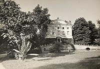 Zamek w Kurozwękach - Zamek w Kurozwękach na zdjęciu Henryka Poddębskiego z około 1936 roku