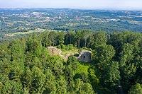 Zamek w Lanckoronie - zdjęcie lotnicze, fot. ZeroJeden, VII 2020