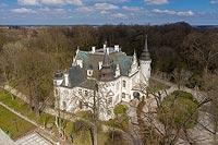 Zamek w Jelczu-Laskowicach - Zdjęcie lotnicze, fot. ZeroJeden, IV 2021