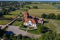 Zamek w Liwie - Zdjęcie z lotu ptaka, fot. ZeroJeden, VI 2019
