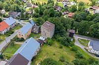 Wieża w Łomnicy Starej - Zdjęcie lotnicze, fot. ZeroJeden, VII 2019