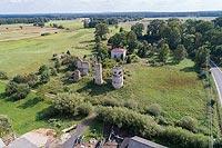 Zamek w Majkowicach - Widok zamku z lotu ptaka, fot. ZeroJeden VIII 2018