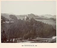 Zamek w Niedzicy - Zamek w Niedzicy na zdjęciu Józefa Zajączkowskiego z 1905 roku