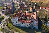 Zamek w Niemodlinie - Zdjęcie lotnicze, fot. ZeroJeden, IV 2021