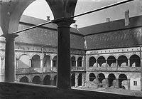 Zamek w Niepołomicach - Tygodnik Illustrowany 1917 ze zbiorów Biblioteki Instytutu Badań Literackich PAN