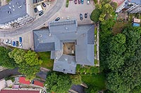 Zamek w Nowej Rudzie - Zdjęcie lotnicze, fot. ZeroJeden, VII 2019