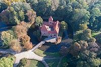 Zamek w Oporowie - Zdjęcie lotnicze, fot. ZeroJeden, X 2018