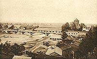 Zamek w Oświęcimiu - Panorama na mosty i zamek na zdjęciu Stefana Stuglika z 1930 roku