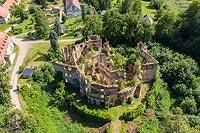 Zamek w Owieśnie - Zdjęcie lotnicze, fot. ZeroJeden, VII 2019