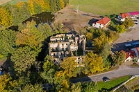 Zamek w Pankowie - Widok z lotu ptaka od południa, fot. ZeroJeden, X 2013