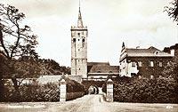 Zamek w Prochowicach - Zamek w Prochowicach na pocztówce z 1930 roku