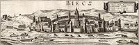 Biecz - Panorama Biecza u schyłku XVI wieku, miedzioryt z dzieła Georga Brauna i Franza Hogenberga 'Civitates orbis terrarum' tworzonego w 2 połowie XVI wieku