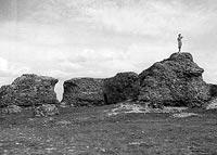 Zamek w Rawie Mazowieckiej - Ruiny zamku w Rawie na zdjęciu z 1944 roku, fot. Otto Pfeil