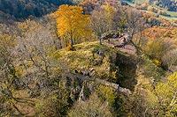 Zamek Rogowiec - Zamek na zdjęciu lotniczym, fot. ZeroJeden, X 2020